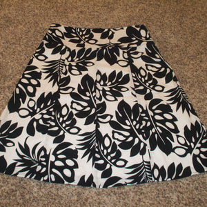 Black/White Floral Full Skirt